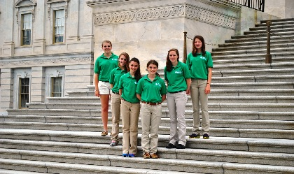 4-H members standing on the steps of the U S capitol in Washington, D.C.