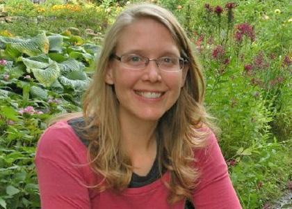 Postdoctoral Associate Laura Anderson