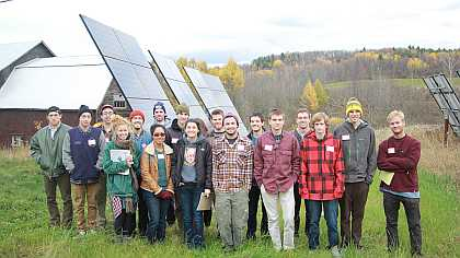 Fall Students visit Solar Farm