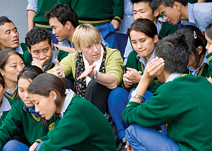 Jody Williams with Tibetan students