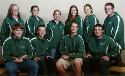 9 4-H dairy members and their leader