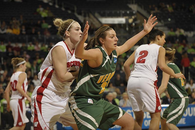 Lauren Buschmann on the basketball court